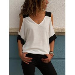 Ефектна дамска блуза с голо рамо