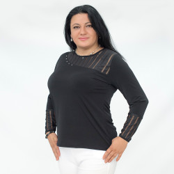 Елегантна дамска блуза с дантела и камъни