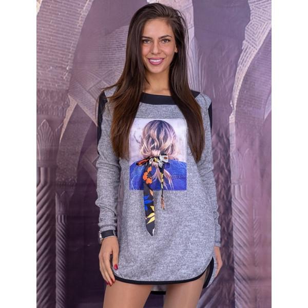 Дамска блуза с 3D апликация в сиво