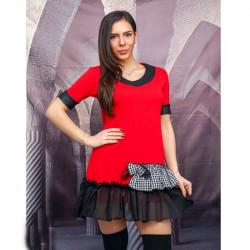 Къса разкроена рокля с декоративни къдрици в червено