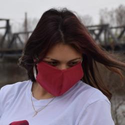 Трипластова едноцветна маска за лице с моден дизайн в бордо